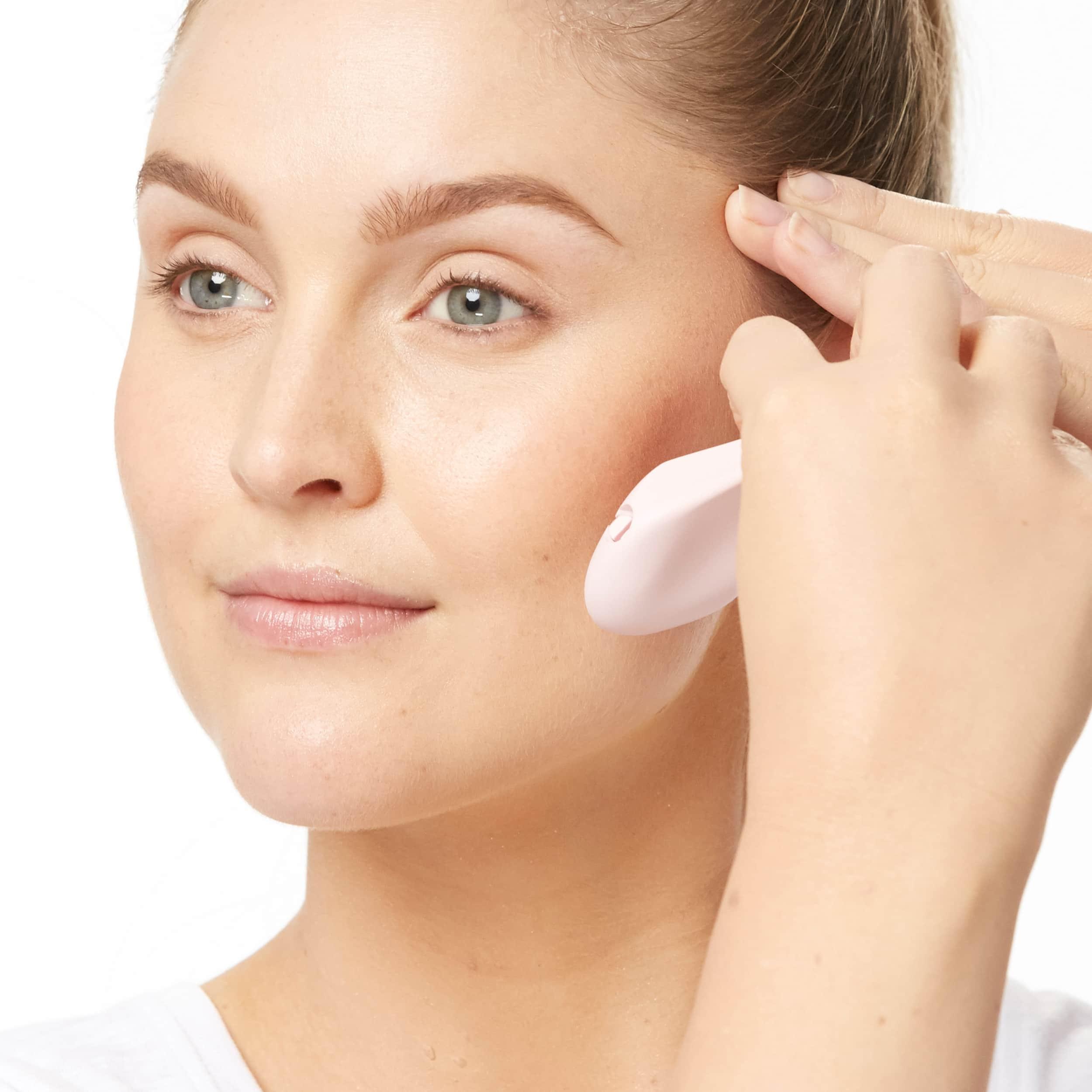 Bright Complexion Facial Dermaplaner