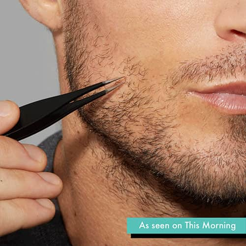 Man using the Splintertweeze to remove unwanted hair